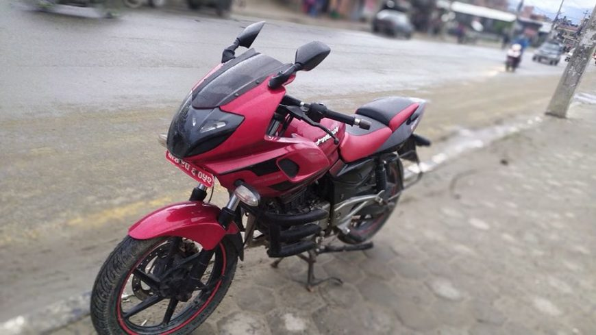 second-hand-pulsar-220-bike-for-sale-in-nepal-2