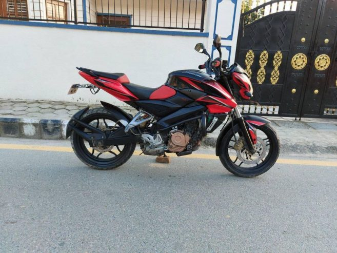 NS-200-Bike-for-Sale-5